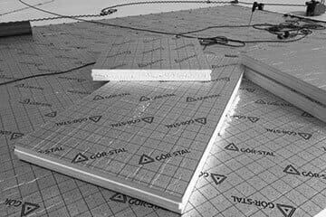 Dach płaski z płyt izolacyjnych termPIR AL