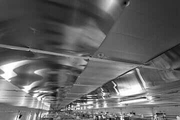 Sufit podwieszany z płyt izolacyjnych termPIR AGRO P